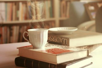 cup-books-wallpaper-1680x1050