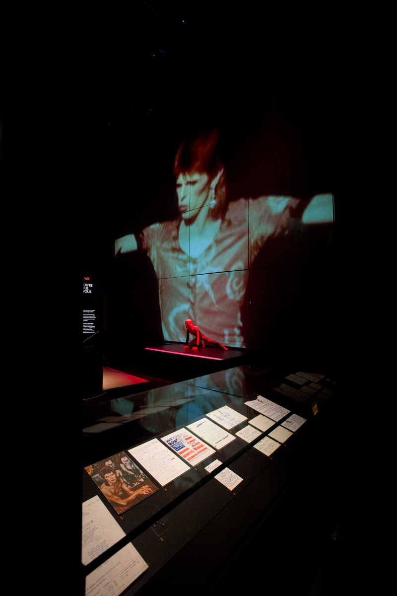 installation-shot-of-david-bowie-is-at-the-va-is-courtesy-david-bowie-archive-c-victoria-and-albert-museum-3