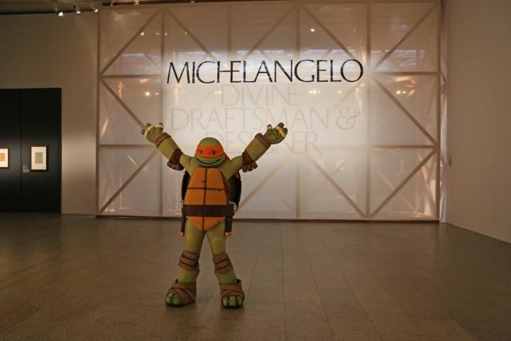 Ninja Kaplumbağa Michalengelo Sanatçı Michalengelo Ile Tanıştı